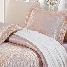 Brand quilted Quilt thick bed Sheet+pillowcases set 5pcs embroidery bedspreads stiching Bedcover shiny jacquard coverlet