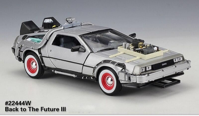 Jada DMC Delorean Back To The Future II Tiempo Máquina con Muestra /& Luces 1//24