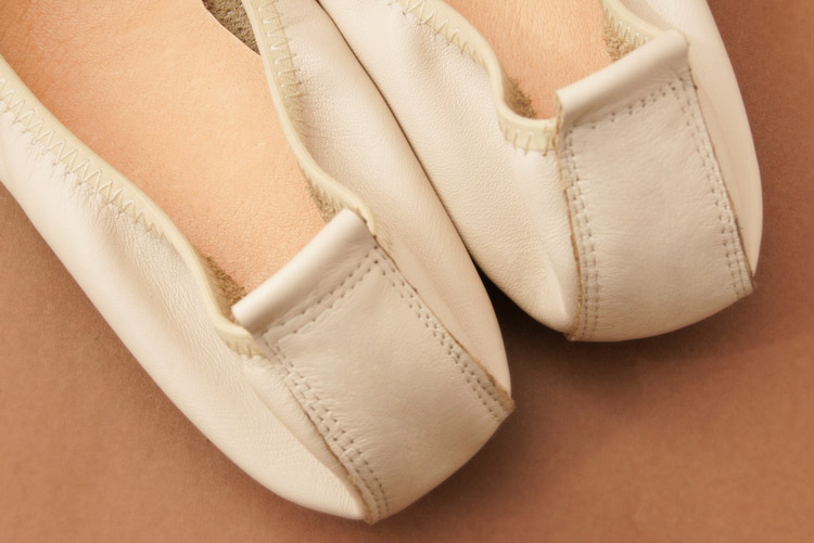 New Korean Slip On Balerinas Shoes For Womans Sweet Bow Metal Ladies Flat Genuine Leather Shoes Loafers Footwear Women Ballerina (12)