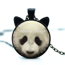 CN-00740 New hot New Giant Panda Necklace Giant Panda Pendant Jewelry Glass Cabochon Necklace Pendant