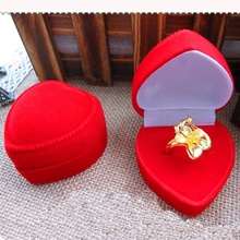 MJARTORIA 2PCs Red Engagement Velvet Charm Heart Ring Box Jewelry Box Wedding Box For Jewelry Display Gift Boxes 4.5x4.5x3.2cm