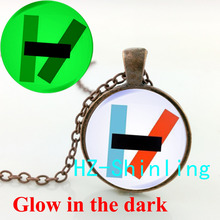 GL-00586 New Fashion Glowing Jewelry Twenty One Pilots Alternative Band Necklace Glass Cabochon Dome Pendant Glow Necklace(China)