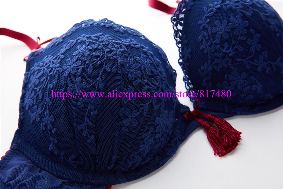New Sexy Lace bra brief set gathered underwear Woman push up bra set,brassiere lingerie set summer thin bra sets 3