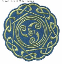"The circle flower embroidery patch 2.5""*2.5"""" /blue and yellow/ironing /clothing patch"
