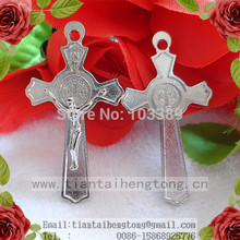 Free shipping 50pcs/pack one hole metal alloy rosary cross italy cross,saint benedict cross,crucifix special offer(China)