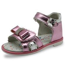 Apakowa 2017 New Kids Summer Shoes Girls Sandals with Arch Support Princess Rhinestone Design Kids Sandal Girls Orthopedic Shoes