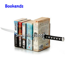 2015 Special Offer Real Suporte Livro Books Bookend Book Stand Japanese Samurai Sword Martial Knife Money Desk Bookends Magnetic
