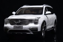 Diecast Car Model Trumpchi GS8 SUV 1:18 (White) + SMALL GIFT!!!!!(China)