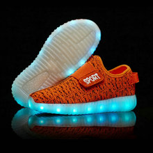 2016 New Fashion Breathable Kids LED Luminous Sneakers USB Rechargeable Brand Child Air Mesh Boys girls Sports Shoes with lights