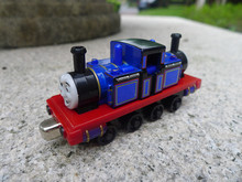 TT03-- Learning Curve Thomas & Friends Metal Diecast Vehicle Mighty Mac Toy Train New Loose