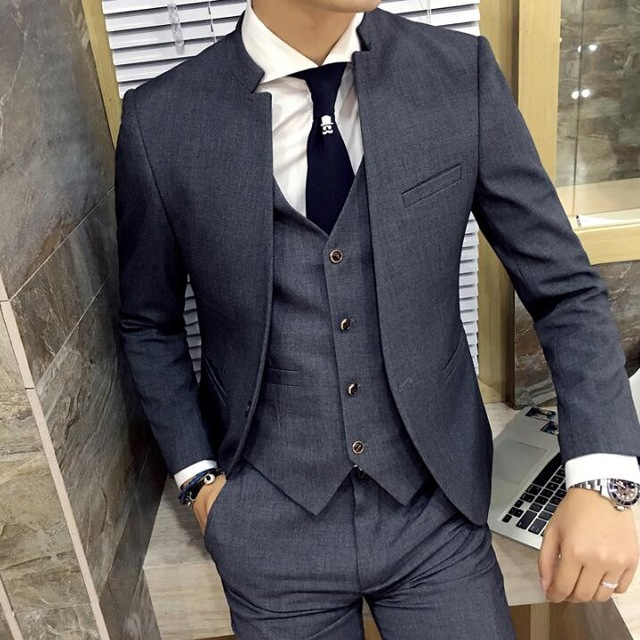 2018 Brand New Grey Wedding Men Tuxedos Stand Collar Suit Men's Business Office Slim Fit Good Quality Male Suits 3 Pieces Sets