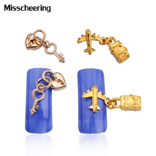 10pcs New Creative Heart Gold Alloy 3d Nail Art Decorations with Pedant Chain Nail Jewelry