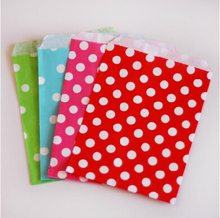 50pcs/Lot Red Polka Dot Paper Bag Christmas Wedding Decoration Table Party Decoration Wedding Favors And Gifts