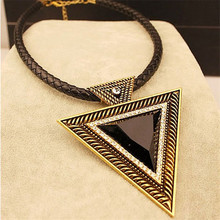 Exaggerated Leather Necklace Punk Gold-Color Black Large Triangular Pendant Charm Short Skeleton Head Clavicle Chain Jewelry