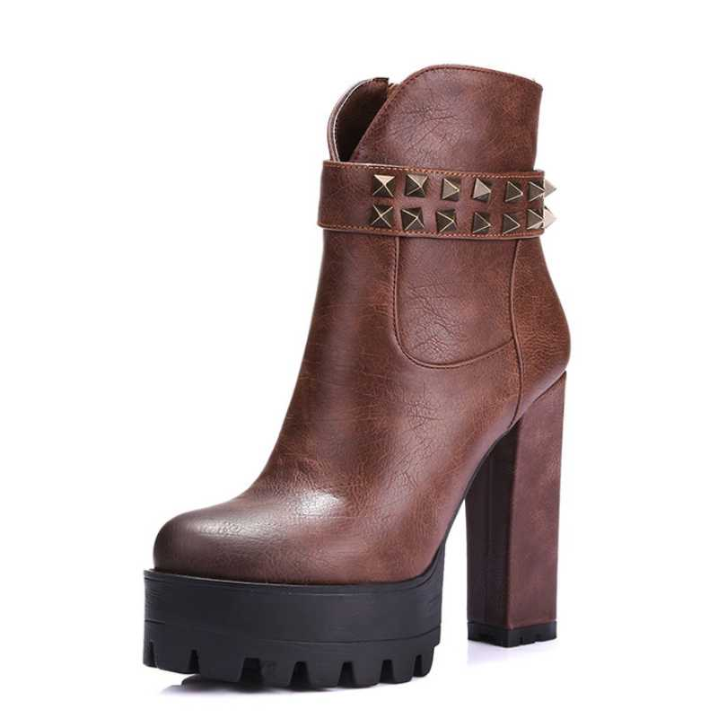 DoraTasia Plus Size 34-42 Women Ankle Boots Cool Rivets Brand New Chunky Heels Female Shoes Retro Style Autumn Winter Boots<br><br>Aliexpress