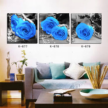 Frameless 3 board map features blue roses home decor canvas print oil painting modern hd print posters photo wall painting art c