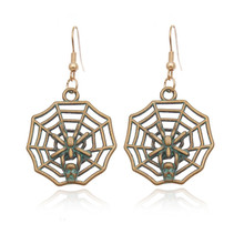 Nightclub Exaggerated Punk Tide Spider Web Earrings Vintage Style Fashion Couple Alloy Women Men Insect Polishing For Party Gift(China)