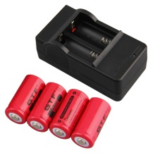4pcs 16340 3.7V 2800mAh Rechargeable Li-ion Battery + US Plug Charger Color Red New
