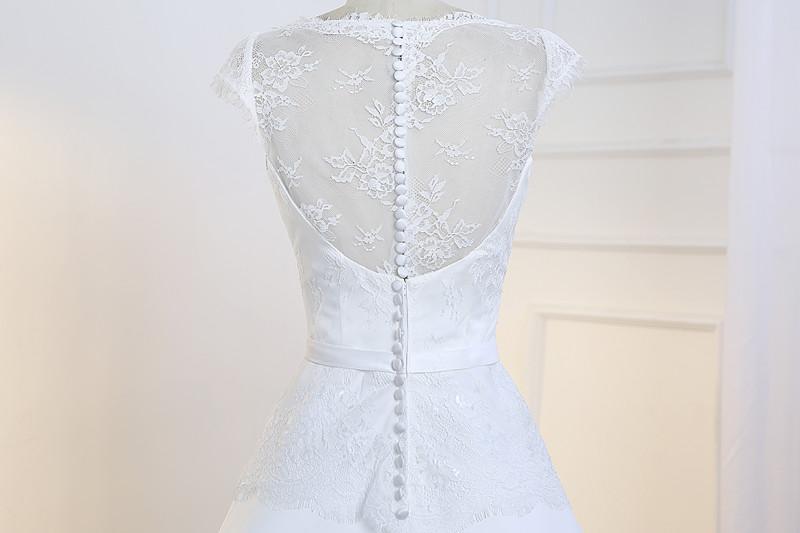 Vestido De Noiva Simples Lace and Satin Wedding Dress 2018 Cheap Bride Dress Illusion Back Floor Length Robes De Mariage 2