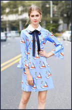 European 2018 spring bowtie peter pan collar dress high quality sky blue flare sleeve dress Chic girl's cartoon swan print dress