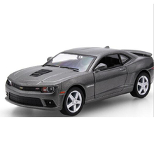 2017 Pull Back Simulation Sport Car Model 1:32 Autos a Escala Acousto-optic Diecast Metal Vehicles Boys Favourite Aolly Car Toys