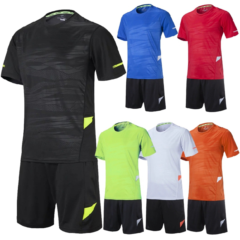 High quality 100% polyester men soccer jersey set blank football team training suit breathable reflective soccer uniforms design(China (Mainland))