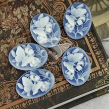 5Pcs Resin Vintage Style Oval Blue Flower Flat Back Cabochon 23.5x17x7mm For Jewelry Accessories Flatback Wholesale RB0524(China)