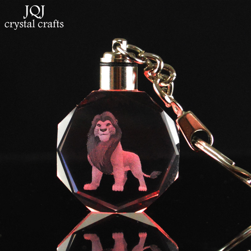 1-Piece-Laser-Engraved-Cartoon-The-Lion-King-Crystal-Miniature-Keychain-With-Changing-Colors-Light-For (3)