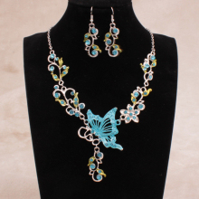 Fashion Bride Necklace Set Vintage Necklace National Wind Butterfly Love Flower Bride Jewelry Sets Necklace/Earrings sets 369384
