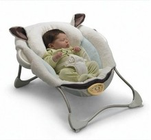 Luxury baby cradle swing electric baby rocking chair chaise lounge cradle chair seat rotating baby bouncer swing P2792