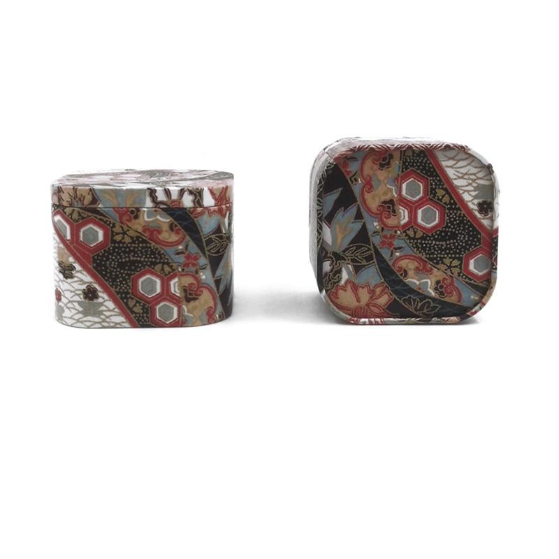 small square metal box (9)