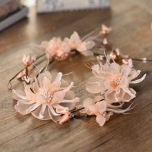 The bride headdress sweet article vines flower garlands wedding photography female sea beach pictures act the role ofing