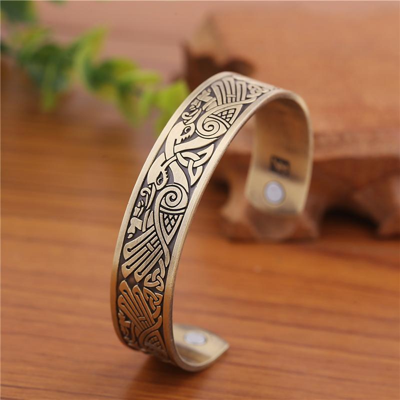 Cuff bracelet272