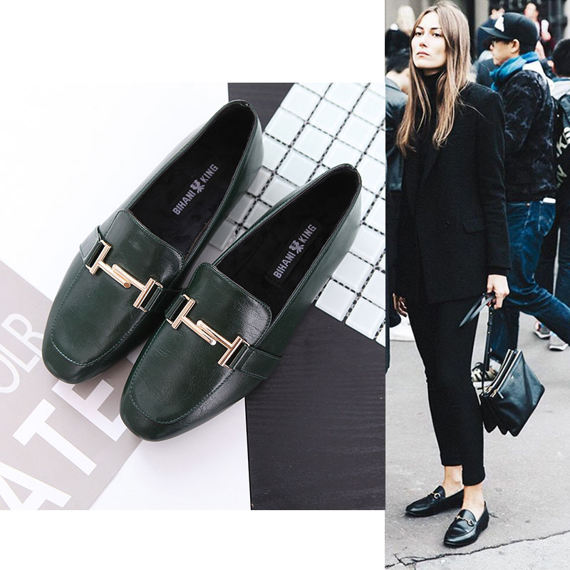 2017 spring vintage square toe shoes women shallow mouth flat heel leather fashion flats metal chain all match lady loafers<br><br>Aliexpress