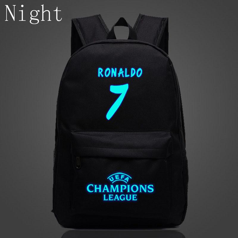 UEFA ja Ronaldo kirjadega seljakotid