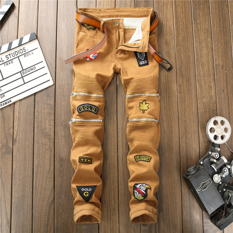 2018 Personality Embroidery Badge Patch Ripped Distressed Jeans Men Biker Multi Zipper Khaki Jeans Hip Hop Denim Casual Pants