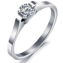 FUNIQUE Stainless Steel Zircon Rings For Women With Beautiful CZ Stones Bright Sliver Tone Aneis Rings Edelstahl Hot In 2016 1PC