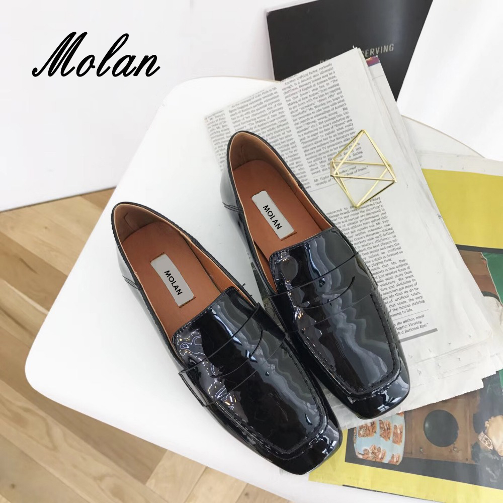MOLAN Brand Superstar 2018 Spring Fashion Soft Leather Flat Shoes Woman Square Toe Slip On Comfortable Loafers Casual <br>