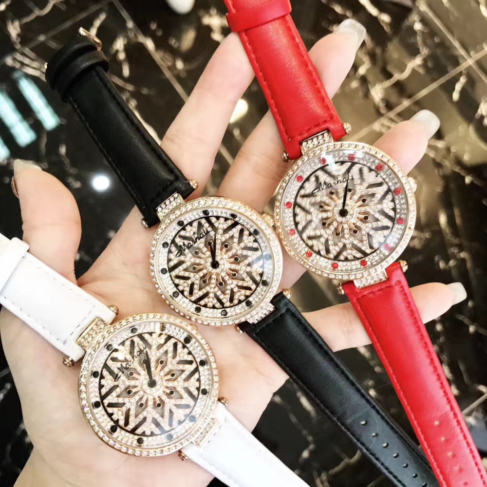 Relogios Montre Femme New Rotating Snowflake Watch GOOD LUCK Women Diamond Floral Watches Vintage Fashion Leather Relojes W156<br>