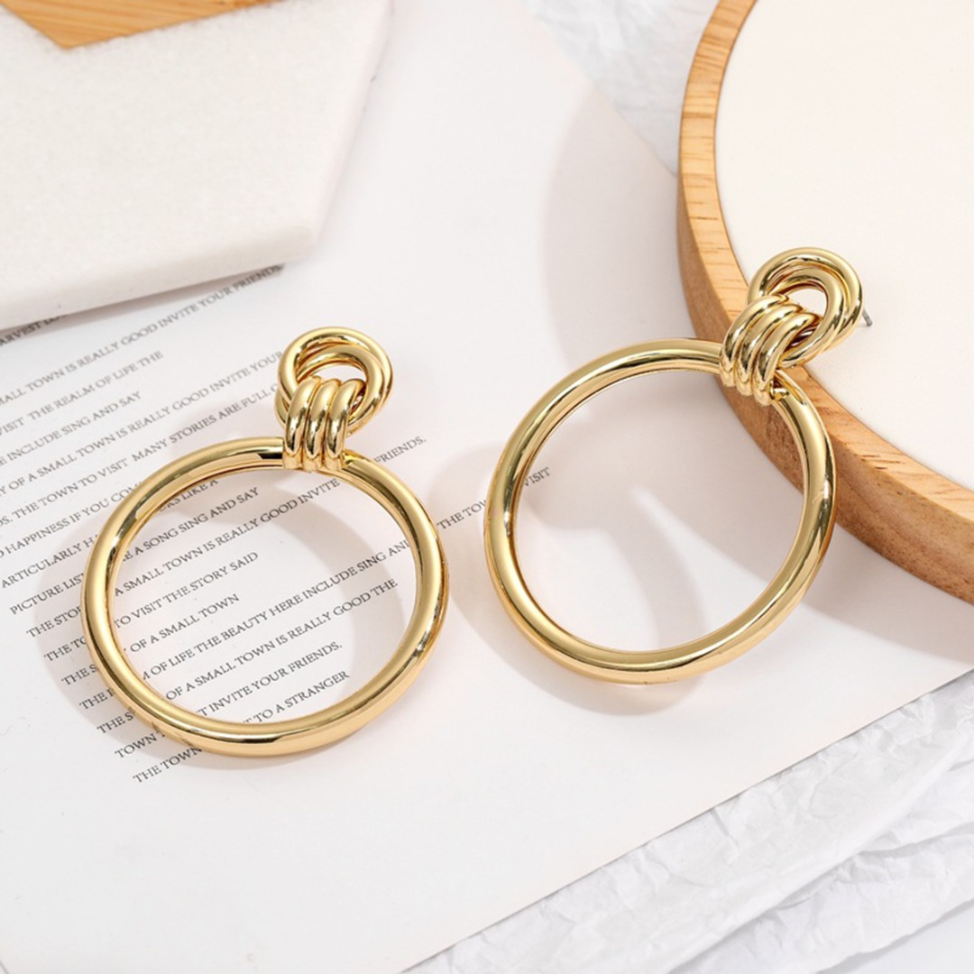 Charms Women Trendy Gold Big Round Circle Geometric Dangle Earrings Shellhard Classic Romantic Drop Earring Simple Jewelry Gifts