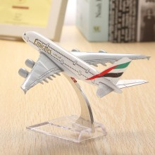 New Arrival A380 Emirates Aircraft Model 16cm Airline Airplane Aeroplan Diecast Model Collection Decor Toys Gift For Children