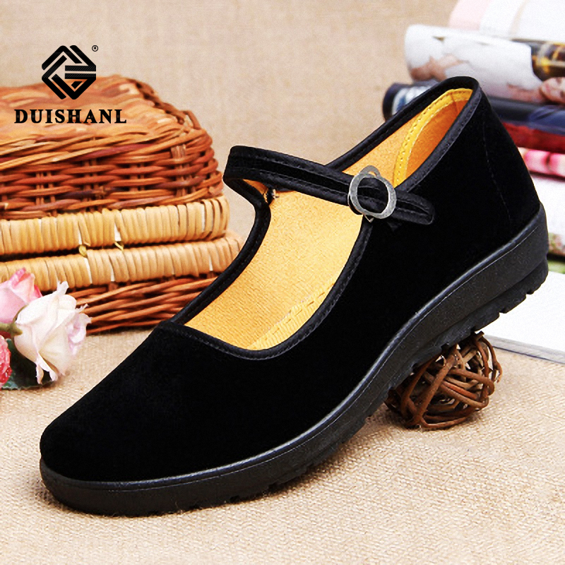 Women Outdoor Casual Slip Hand made  flat shoes  with soft bottom non-slip work shoes driving special shoes and casual shoes(China)