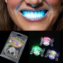 2017 Flashing LED Light Up Mouth Braces Piece Glow Teeth Halloween Party Glow Tooth Light Up Mouthpiece Rave glow stick