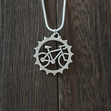 1pcs rider Bicycle pendant necklace  Beautiful Unique  Charm jewelry  outdoor riding friend commemorate ,witness of friendship