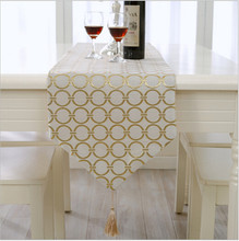 New Endless Shaped Embroidered Table Runner Elegant Party Wedding Decoration Bed Cloth Modern Table Flag Free Shipping(China)