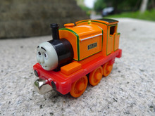 TT03-- Learning Curve Thomas & Friends Billy Metal Magnetic Diecast Toy Train New Loose