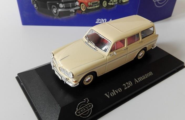 NEW 1969 - 1//43 VOLVO 144 IXO//IST