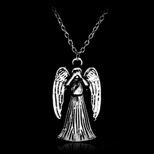 Classic Retro Jewelry Doctor Who Weeping Angles Wings Pendants Necklace Double Side Metal Choker Necklace for Man Women