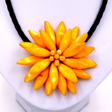 Fashion jewelry yellow shell & yellow freshwater pearl necklace for womens(China)