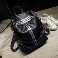 Trendy New Rivets Ornament Black Backpack Women Genuine Leather Zipper Bag Fashion Casual Travel Bag Ladies Daypack